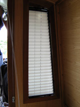 Narrow Boat Venetian Blinds And Curtains Narrow Boat Pleated Blinds Narrow Boat Blinds